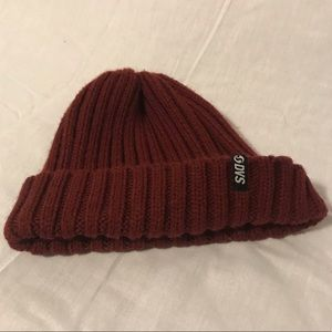 DVS beanie hat one size red maroon